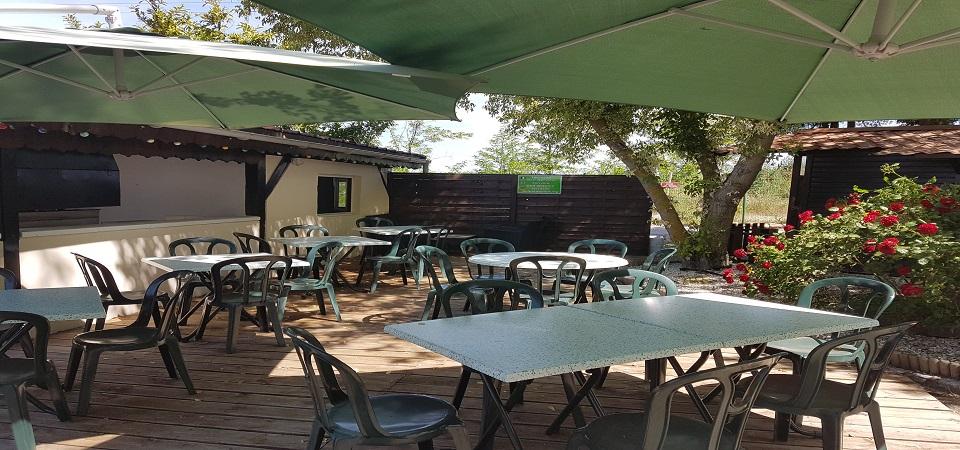 <b>notre terrasse du bar</b>